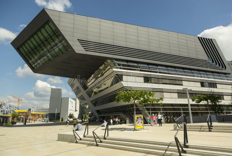 Campus universitario de Viena - edificio de Zaha Hadid imagen de archivo