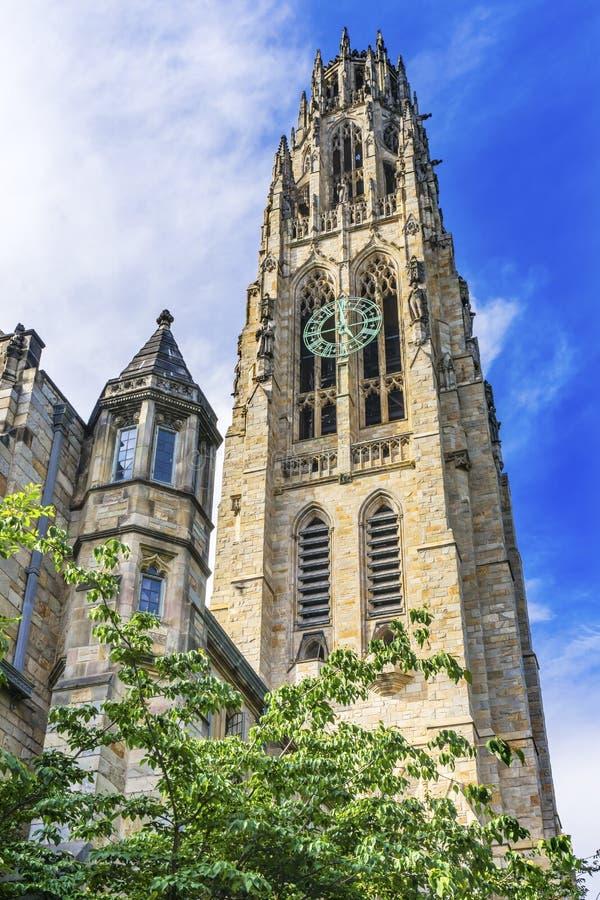 Campus viejo Yale University New Haven Connecticut de la torre de Harkness imagenes de archivo