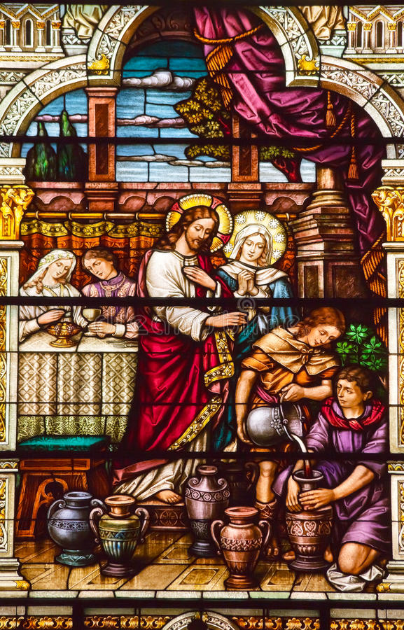 cana教会玻璃耶稣・保罗・彼得s被弄脏 库存图片