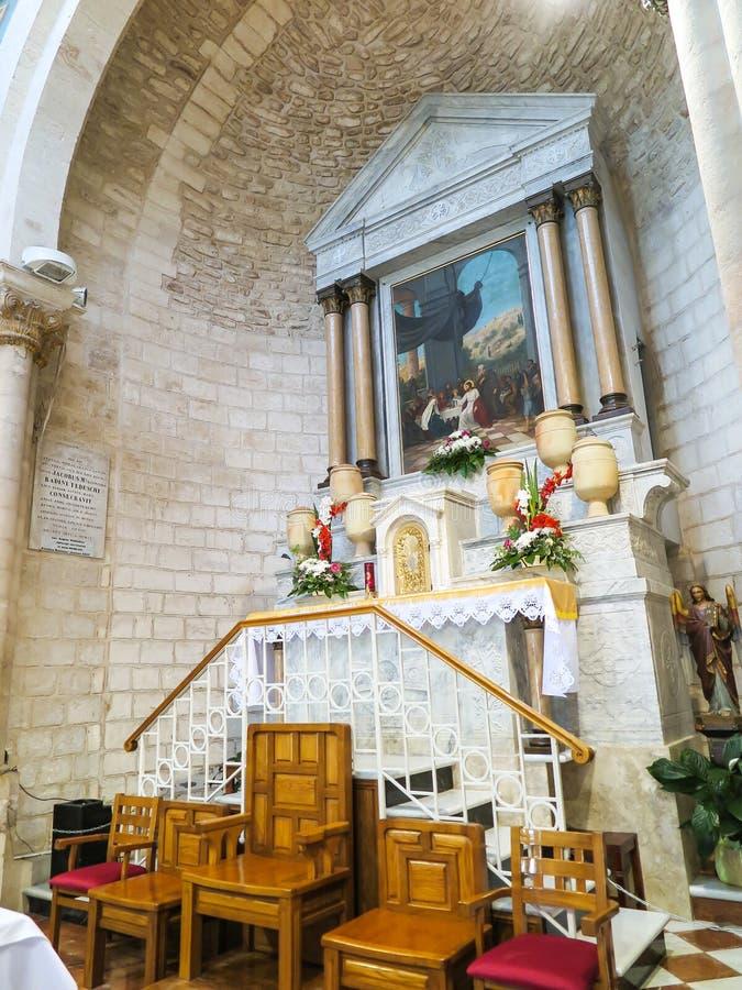 CANA, ISRAEL July 8, 2015: Der Altar in der Kirche von der ersten lizenzfreie stockbilder