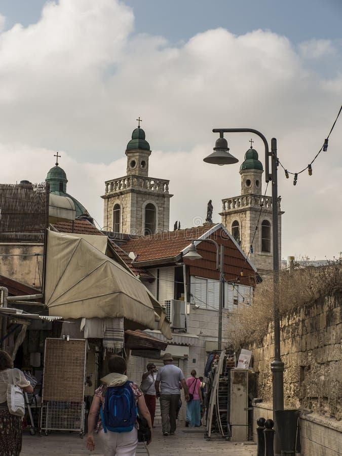 Cana, Izrael, 8 2015 Lipiec: Kościół Jezus «pierwszy cud Pary przychodzić odnawiać ich ślubnych ślubowania od po na całym świecie fotografia stock