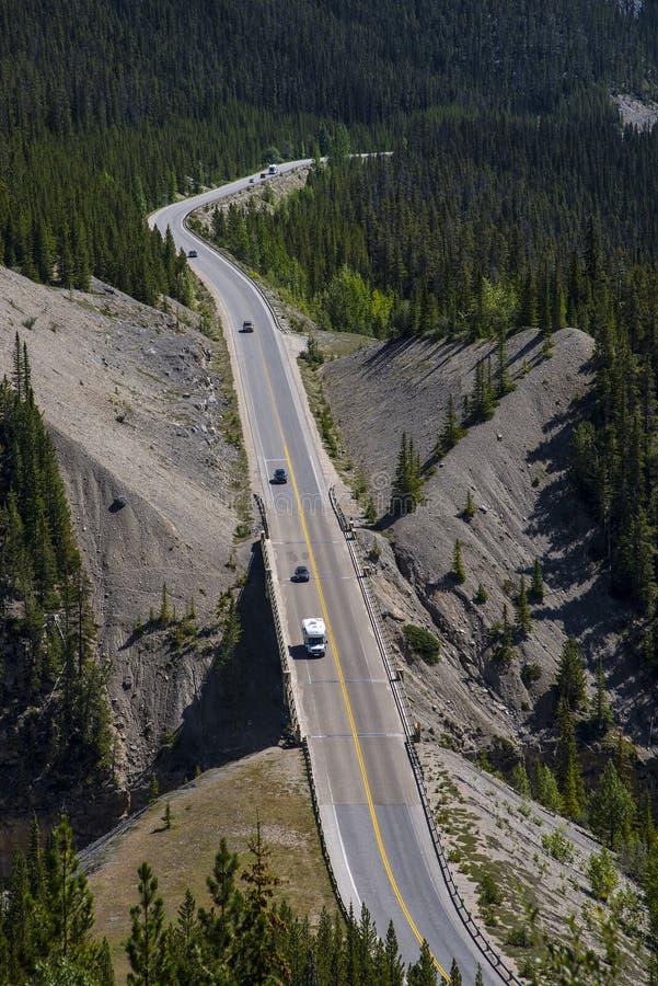 Download Canada autostrady trans zdjęcie stock. Obraz złożonej z drzewo - 53791750