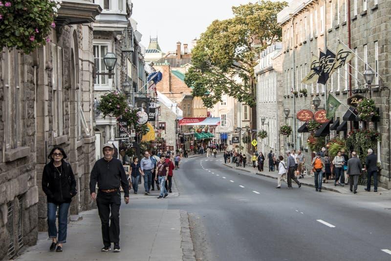 Canada 13 de Québec 09 La vie de 2017 personnes à la pièce de rue du ` s de St John du vieux trésor de patrimoine mondial de l'UN image libre de droits