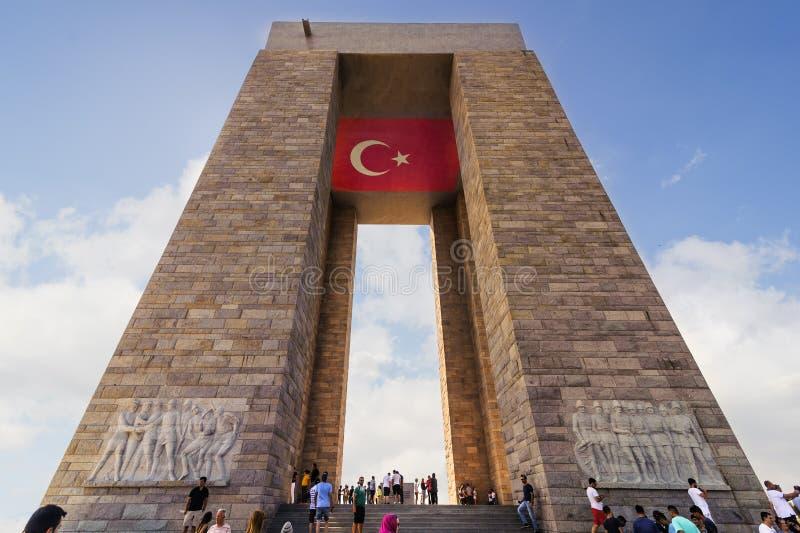 Canakkale martyr minnesmärke är en krigminnesmärke som firar minnet av servicen av turk omkring 253.000 arkivbild