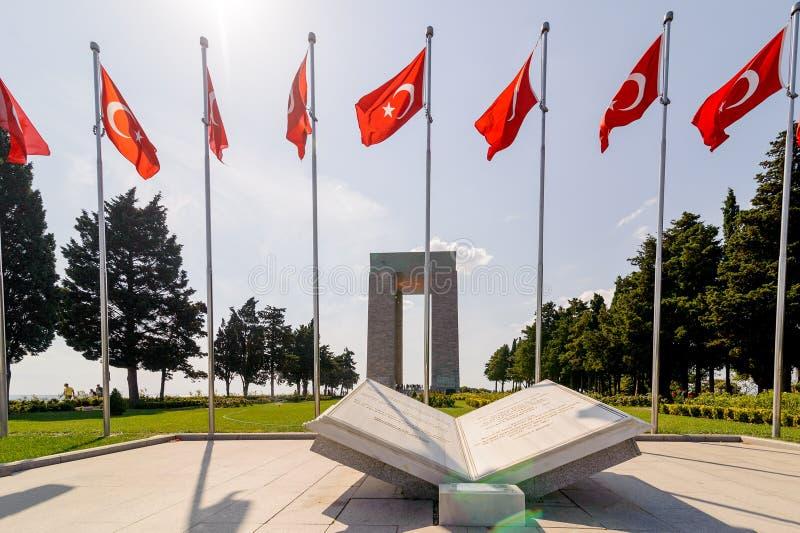 CANAKKALE TURKIET - SEPTEMBER 13, 2016: Minnesmärken för Canakkale martyr` är en krigminnesmärke som firar minnet av servicen av  arkivfoto