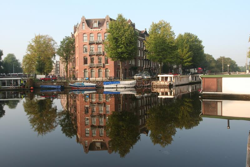 Canal Amsterdam Países Bajos, Gracht Amsterdam Nederland foto de archivo libre de regalías