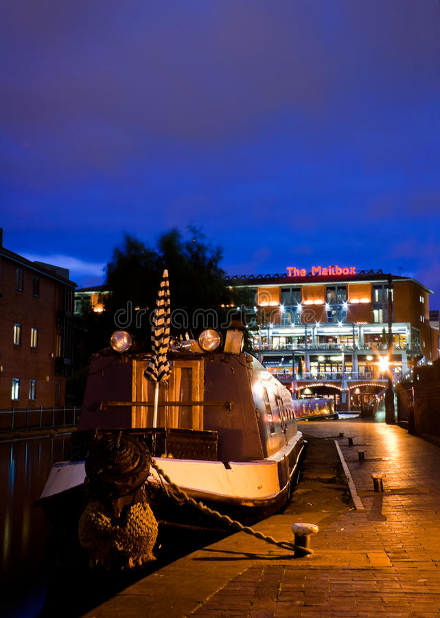 Download Canal Boat Near The Mailbox Editorial Photo - Image: 42191206