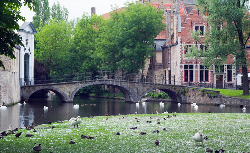 Download The Canal And The Bridge Of The Old Part In Bruges Stock Photography - Image: 26499462