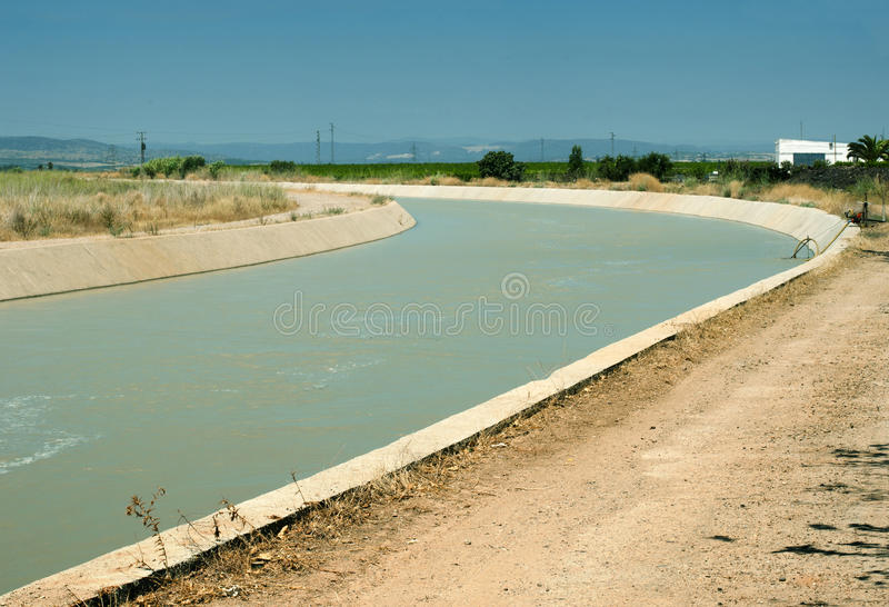 Canal d'irrigation photos stock