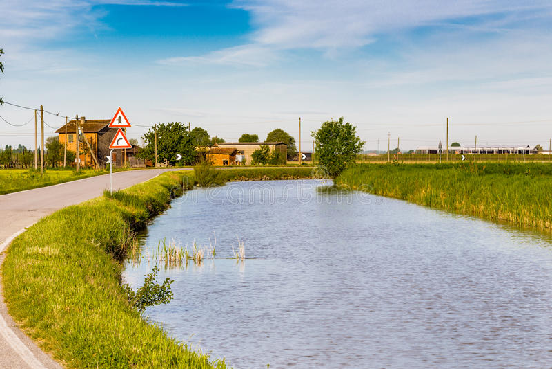 Canal d'irrigation photos libres de droits