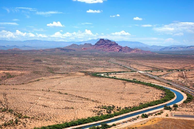 Canal d'irrigation en Arizona images libres de droits