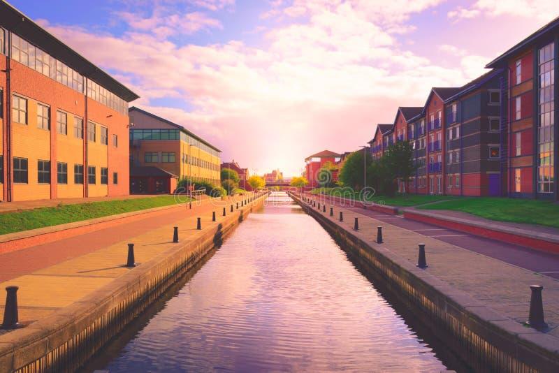 Canal dans Stockton sur des pièces en t, North Yorkshire photographie stock