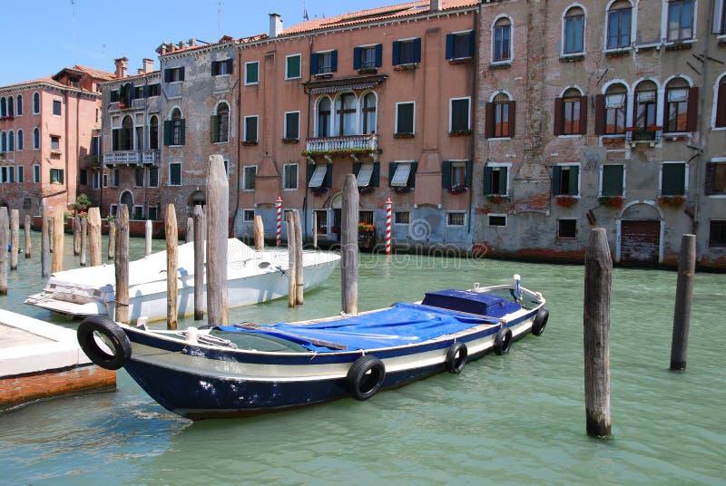 Canal dans Venecia image stock