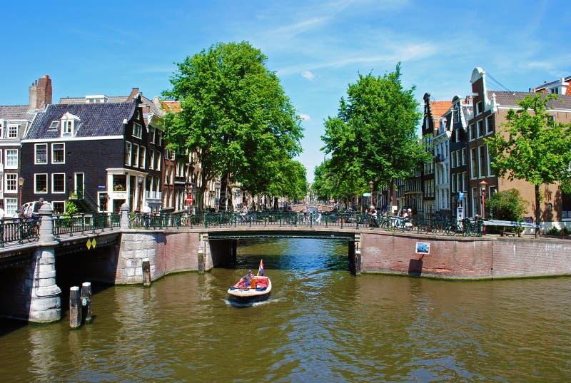 Canal de Amsterdam fotografía de archivo