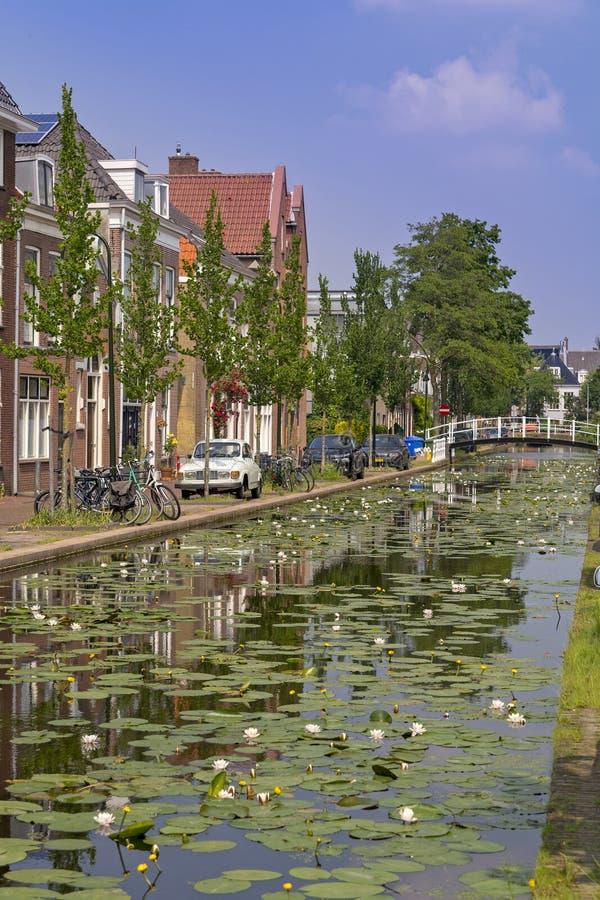 Canal de l'eau de Delft photographie stock libre de droits