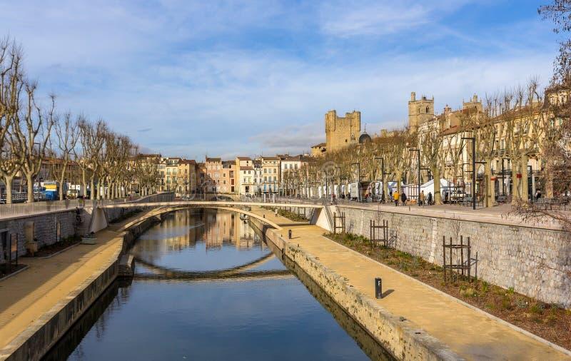 Canal de la Robine在纳莫纳,朗戈多克・鲁西荣-法国 库存照片