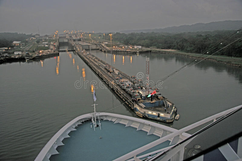 Canal de Panama avant lever de soleil photo libre de droits
