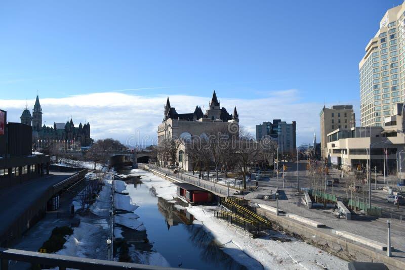 Canal de Rideau no inverno, Ottawa, Canadá, Ontário foto de stock
