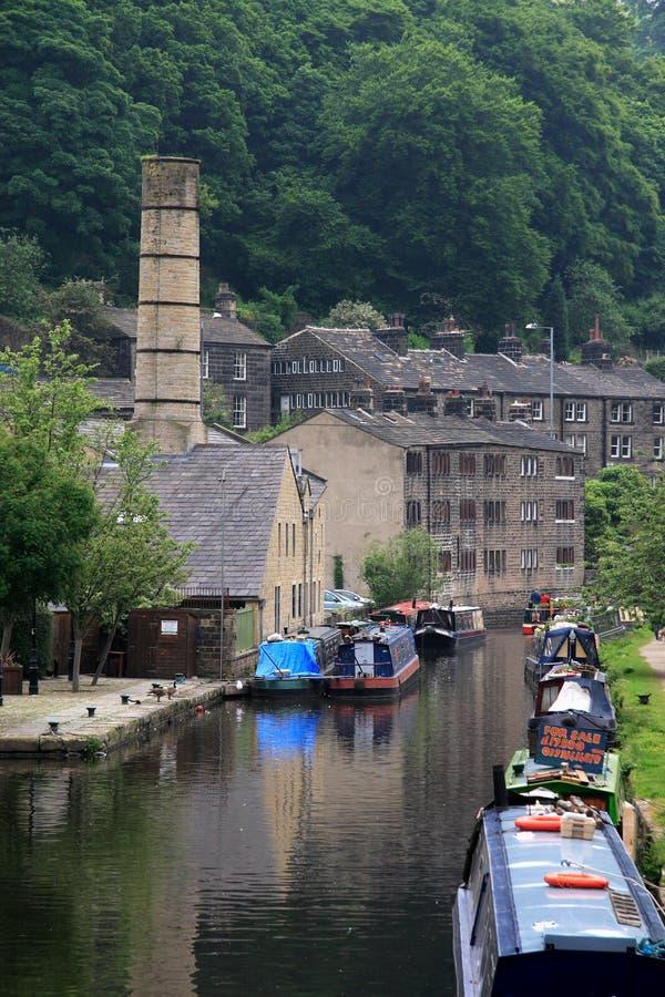 Canal de Rochdale à la passerelle de Hebden images libres de droits