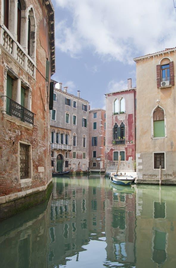 Canal de Veneza fotografia de stock