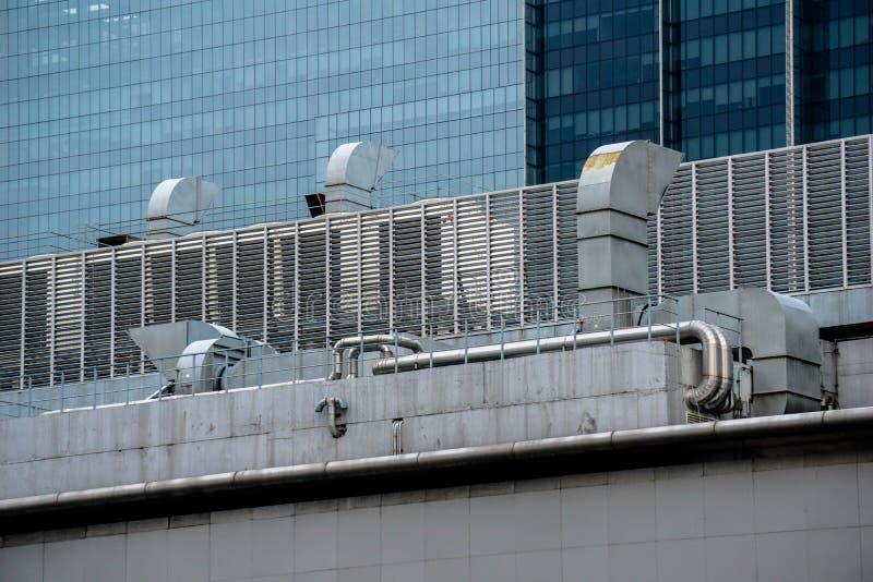 Canal do respiradouro de ar do condicionamento de ar e do sistema de ventilação foto de stock royalty free