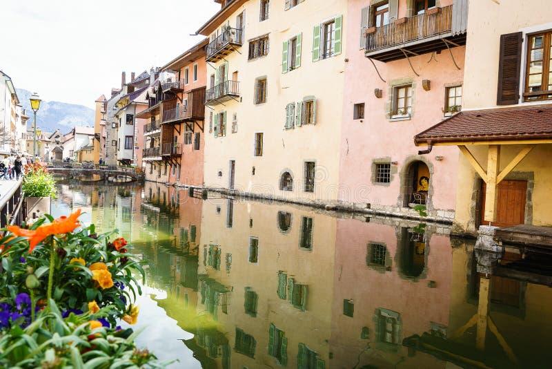 Canal em Annecy, França fotografia de stock royalty free