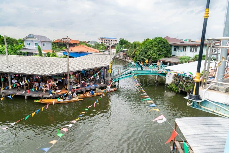 Canal em Banguecoque imagem de stock