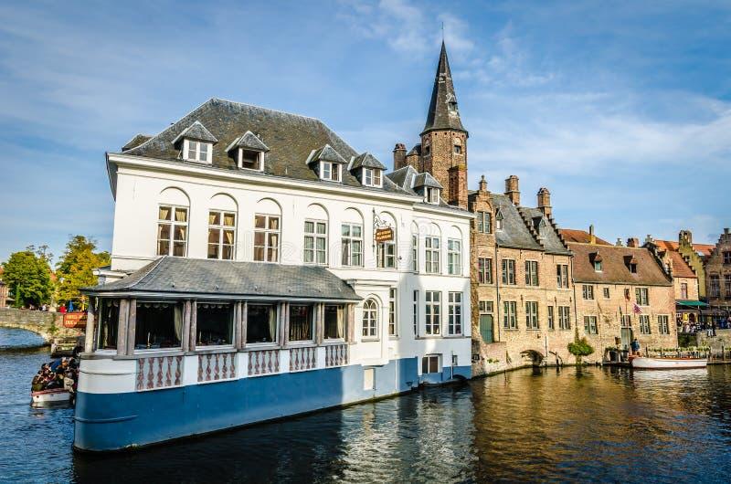 Canal em Bruges imagem de stock royalty free