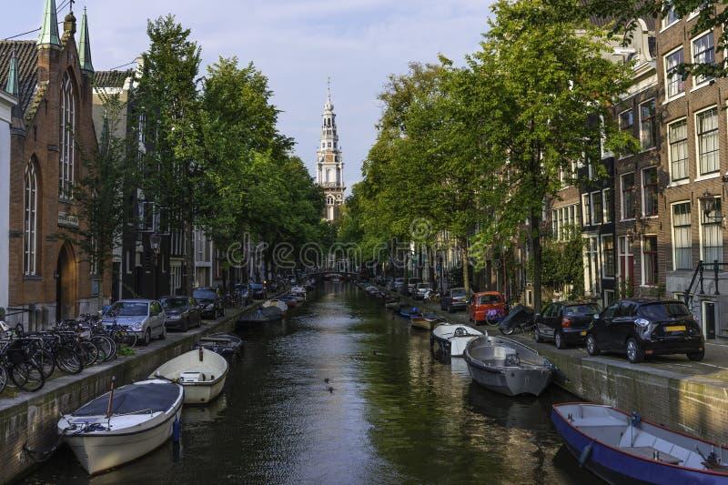 Canal en Amsterdam fotos de archivo