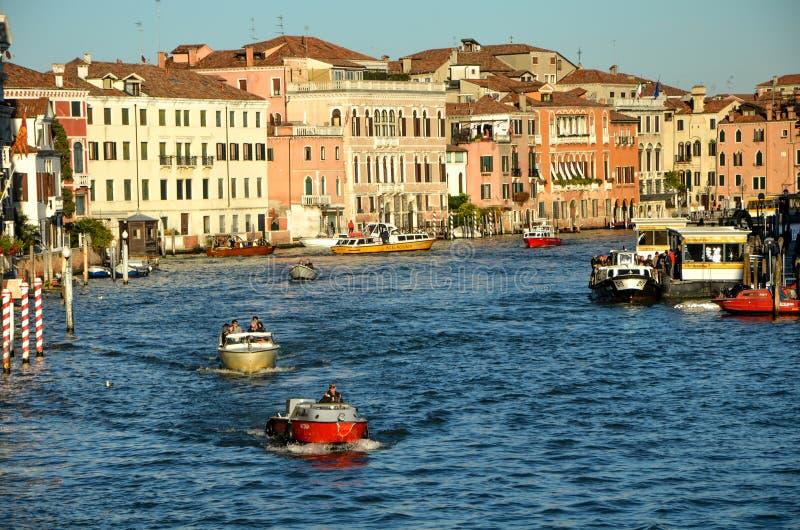 Canal grande em Veneza imagem de stock