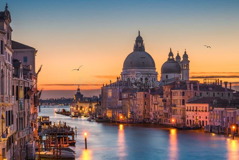 Canal grande na noite, Veneza imagens de stock royalty free
