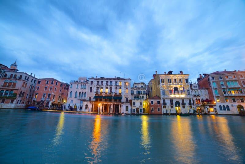 Canal grande na noite, Veneza fotografia de stock
