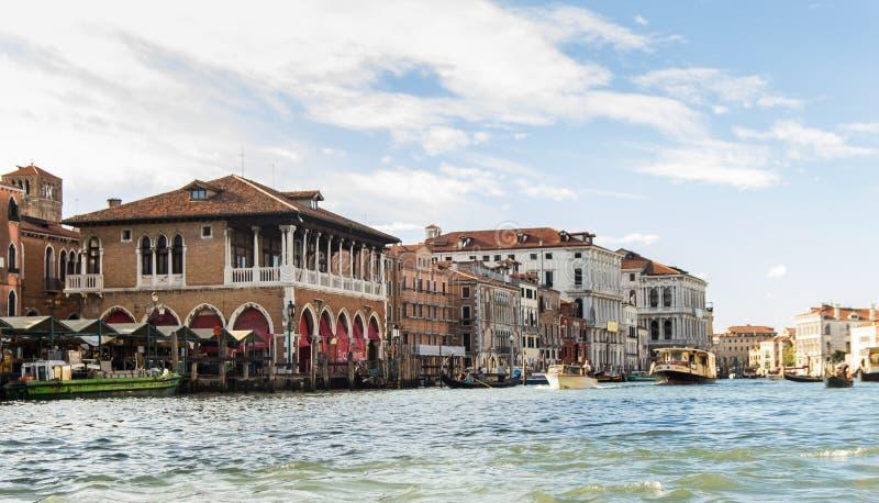 Canal grandioso em Veneza, Italy fotografia de stock royalty free