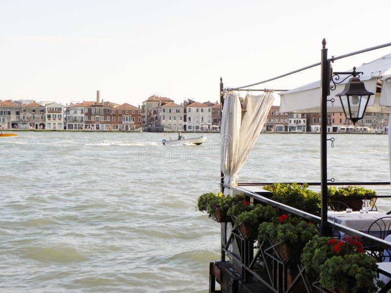 Canal romántico de Giudecca fotografía de archivo