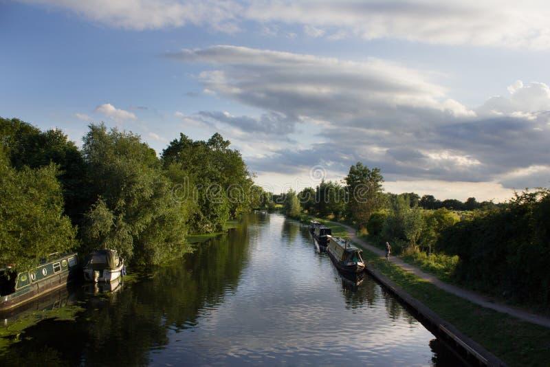 Canal y barcos Cambridge, Reino Unido imágenes de archivo libres de regalías