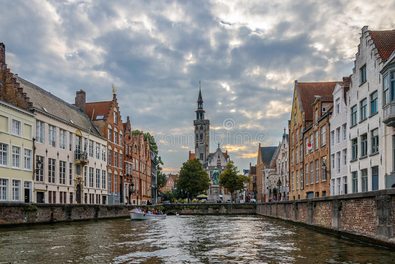Canale a Bruges belgium fotografia stock libera da diritti