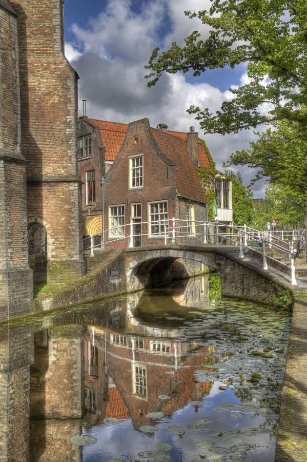Canale a Delft, Olanda fotografie stock libere da diritti