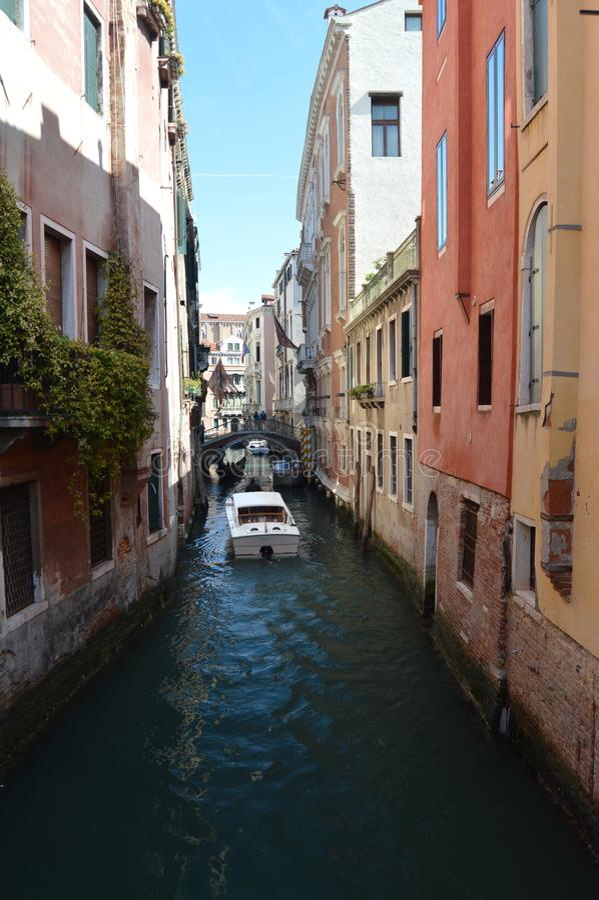 Canale Di Canaregio In Castelo in Venetië stock afbeelding
