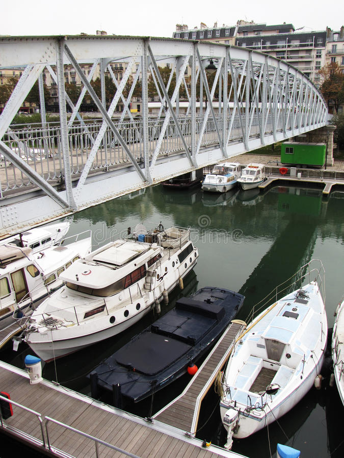 Canale di Parigi immagine stock