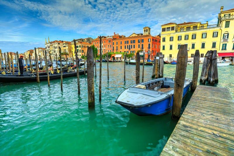 Canale famoso grande con le gondole a Venezia, Italia, Europa fotografie stock