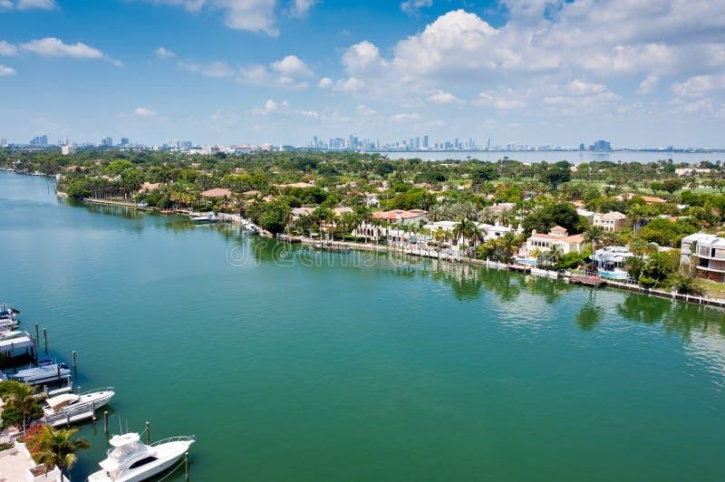 Canale indiano dell'insenatura in Miami Beach immagini stock