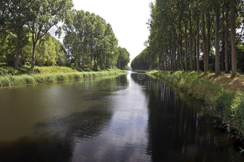 Canale navigabile, Belgio immagini stock libere da diritti
