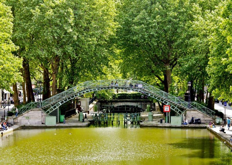 Canale Saint-Martin, Parigi fotografie stock libere da diritti