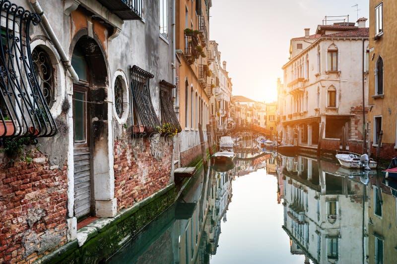 Canale scenico a Venezia, Italia immagini stock