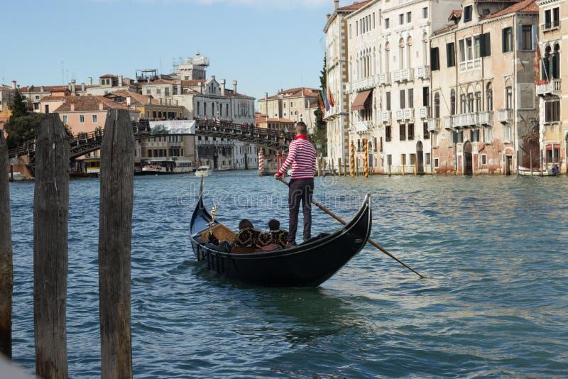Canale Venezia grande, Italia della gondola immagine stock libera da diritti