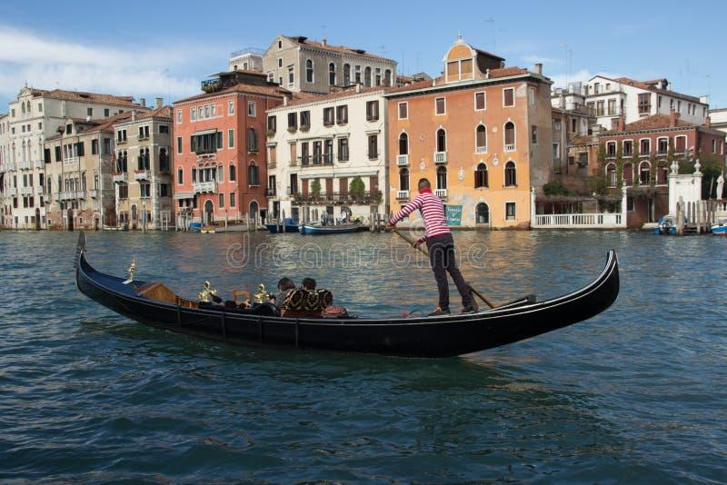 Canale Venezia grande, Italia della gondola immagini stock libere da diritti