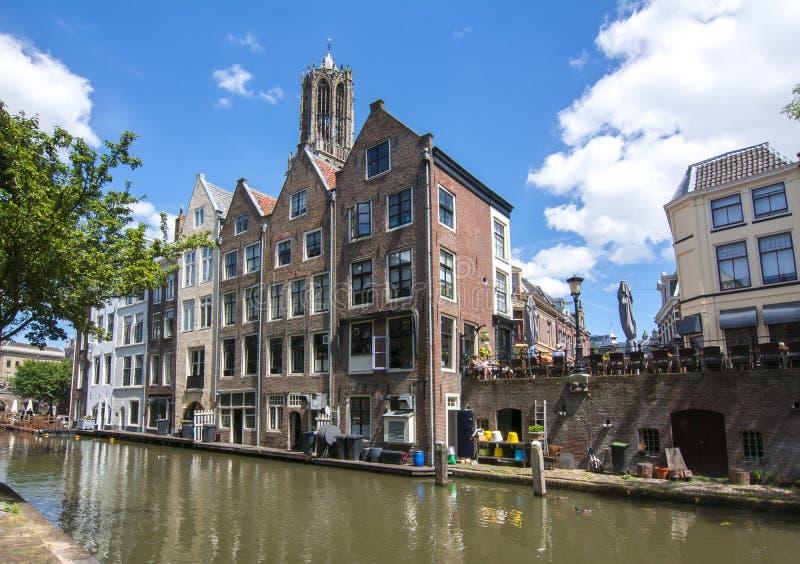 Canales de Utrecht y torre de los Dom, Países Bajos imagen de archivo libre de regalías