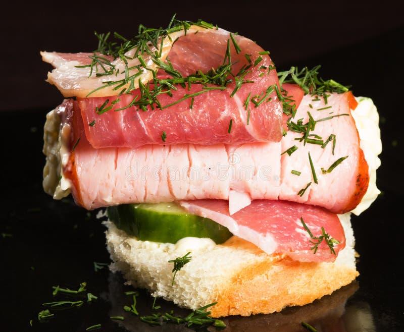 Canape z mięsem zdjęcia stock
