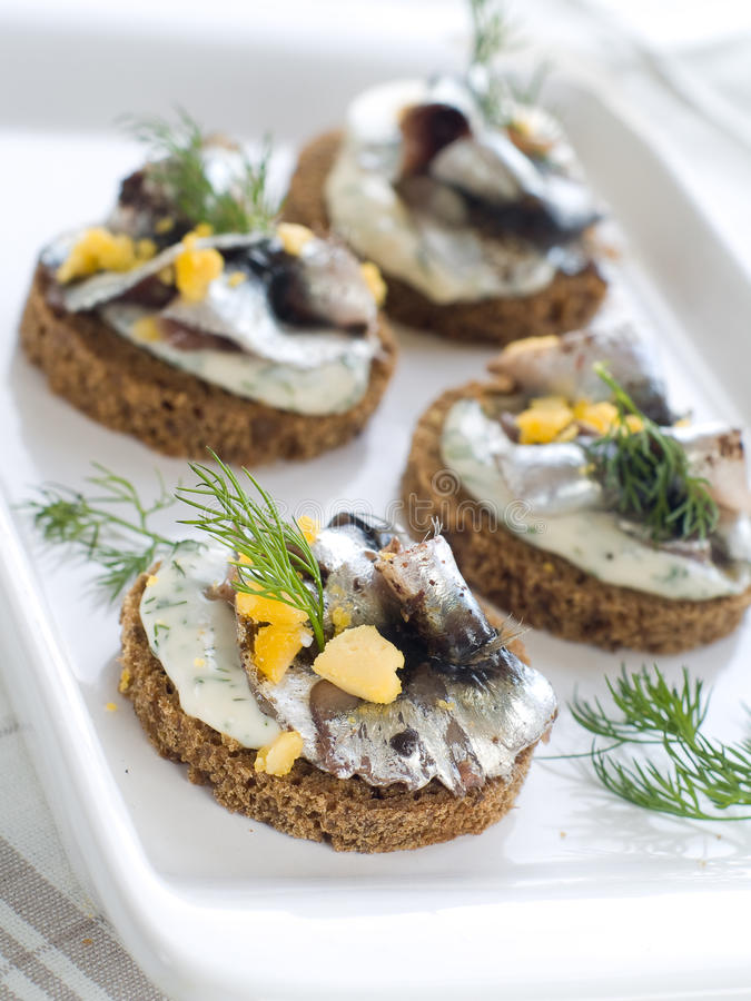 Canapes d'anchois photo libre de droits