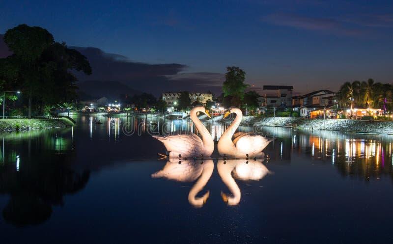 Canards ou cygne de sculpture photo libre de droits